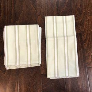 William Sonoma Pantry Towel